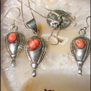 Jewelry - Sterling silver spiny shell Necklace earring set